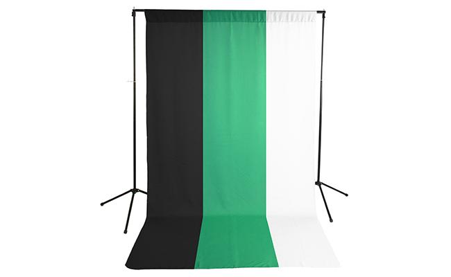 Black/White/Green Wrinkle Resistant Backdrop Kit